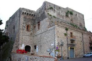 Vivi Minturno Scauri - Castello di Minturno | viviminturnoscauri.it