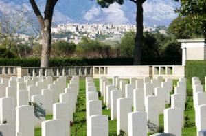 Vivi Minturno Scauri - Cimitero Inglese | viviminturnoscauri.it