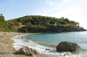 Vivi Minturno Scauri - Spiaggia dei Sassolini   viviminturnoscauri.it